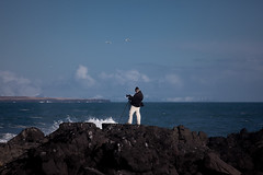 The Photographer (Kiddi Kristjans) Tags: ocean camera cliff mountains iceland rocks photographer voigtlander tripod splash sjr snfellsnes icelandic 180mm snaefellsnes mrlee malarrif apolanthar canoneos5dmarkii voigtlanderapolanthar180mmf4sl
