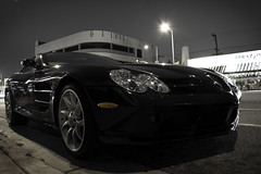 Mercedes-Benz SLR McLaren (Angad Singh | Zone 5 Aviation) Tags: california ca street black slr night canon mercedes benz la los boulevard traffic angeles mclaren mercedesbenz westwood coupe supercar v8 supercharged merc mercedesbenzslrmclaren 50d tamro