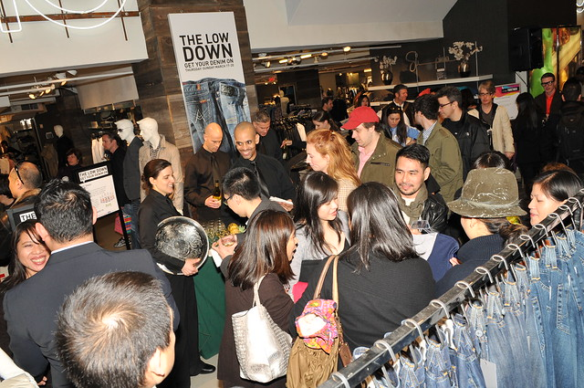 a mix crowd of fashion, press, blooingdales shoppers, during tomas for supima launch at bloomingdales