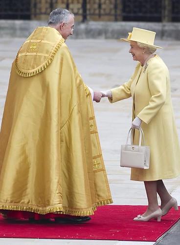reina-Isabel-II-Westminster