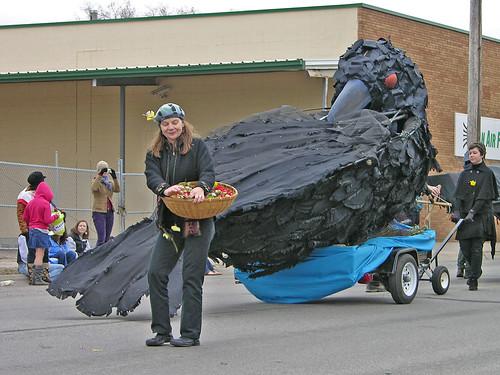 MayDay 2011 crow at parade beginning