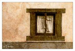 UNE AUTRE FENÊTRE (Fänfän) Tags: window ventana textures fenêtre texturas fänfän ltytr2 ltytr1 ltytr3