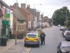 Police Siege in Peterborough (markkirk85) Tags: car gun force police emergency audi peterborough cambridgeshire response unit armed 999 constabulary arv q7 af59aae