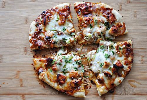 Garlic Glazed Chicken Pizza