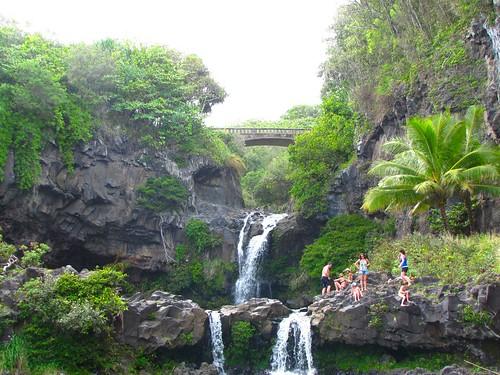 waterfall crowd