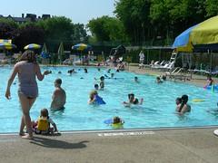 Everyone In The Pool! (Joe Shlabotnik) Tags: pool gideon violet swimmingpool sue anastasia 2011 wstc may2011