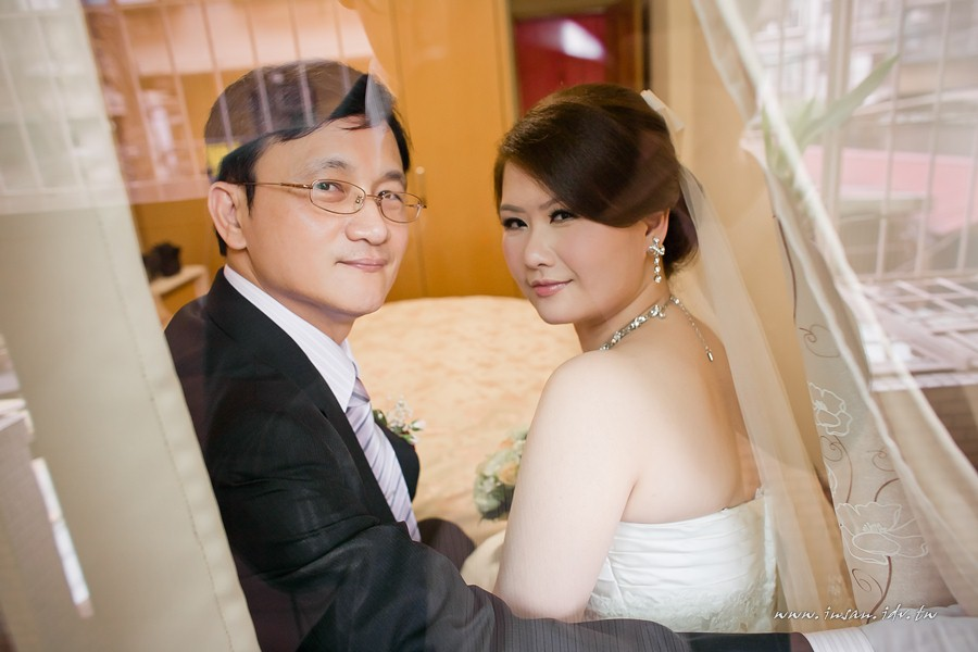 wed110507_451