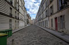 20161002 Hopperesque _0042a (Happy Hotelier) Tags: paris passagedenfer raspail boulevardraspail emptystreet ngc hopperesque