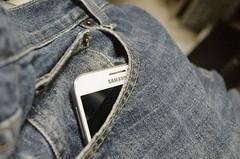 Podrs cargar tu mvil con una tela que genera electricidad (staff5newsstaff5news) Tags: batera cargar tela