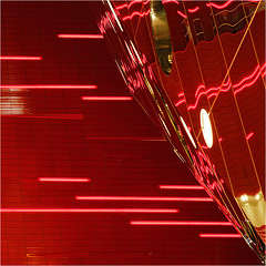 50 shades of red 1/50 (GER.LA - PHOTO WORKS) Tags: red reflection project abstrakt diagonale