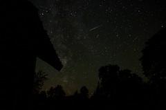 Pathfinder (Laulik) Tags: meteor stars star night sky nightsky milkyway longexposure movement motion august augustsky augustnight