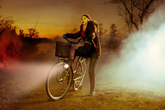 Contact (PierrePocs) Tags: woman lamp bicycle forest evening photo close smoke sunday contact et kraft closeencounterofthethirdkind encounters abducted kontakt strobist fotosondag fotoforlivet fs110327