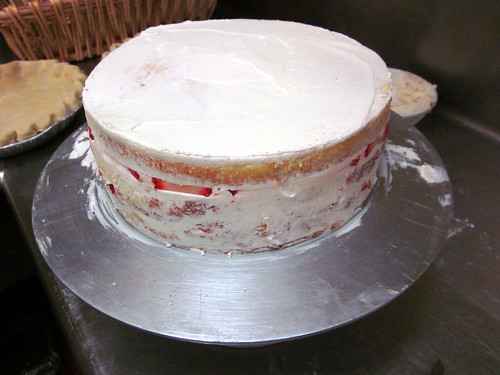 strawberry cake crumb coat