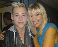 Stewart Wallace and Kate thornton (Penny Webber) Tags: show smile smart smiling hair kate katie famous stewart singer wallace blast crisis