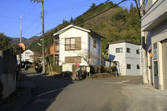 今熊神社への道