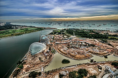 Gardens by the Bay (williamcho) Tags: park tourism nature architecture ngc sands attraction d300 marinabay imagesofsingapore greatphotographers reclaimedland marinabaysands flickraward nikonflickraward williamcho singaporeupdate photosonsingapore flickrtravelaward gardenbythebay
