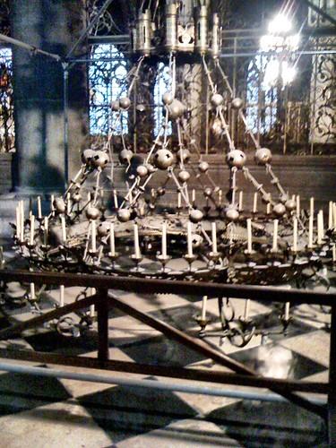 <span>parigi</span>Notre Dame<br><br>Lampadario<p class='tag'>tag:<br/>luoghi | viaggio | parigi | </p>