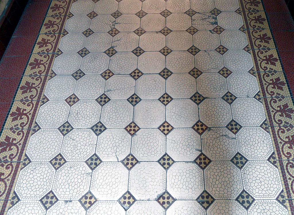 Alter Fußboden (onnola) Tags: Building Berlin Kreuzberg Germany Deutschland  Hall Floor Flat Mosaic