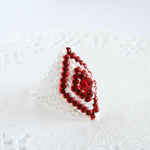 beadwoven ring