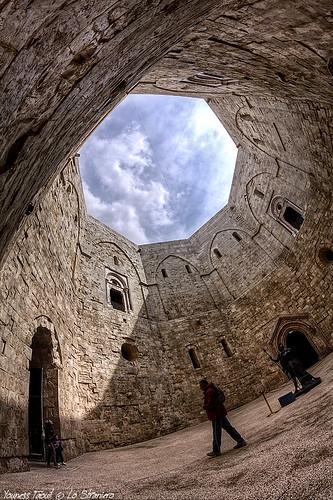 Castel Del Monte (interno) - Puglia
