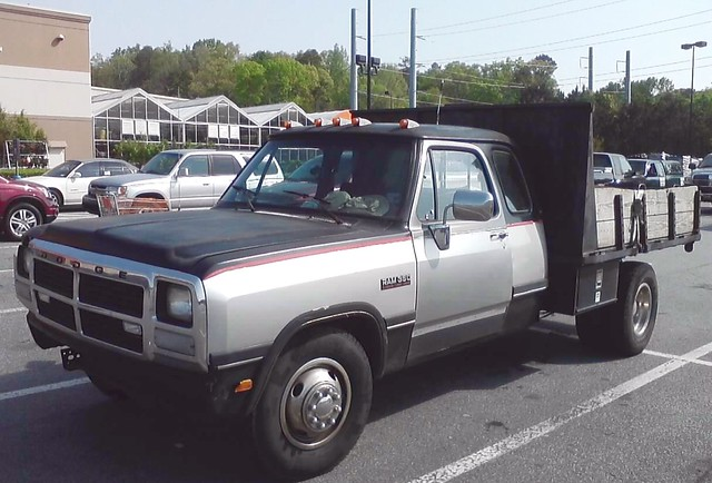 truck diesel pickup dodge ram cummins d350 clubcab turbodiesel dully