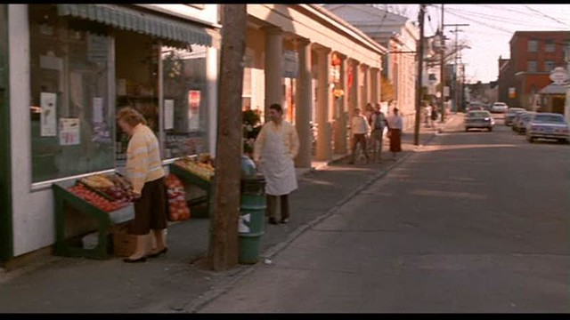 Street scene - Mystic Pizza