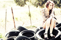 (osky_toxic) Tags: portrait woman girl beautiful fashion pose mujer chica retrato wheels moda heels bella tacones guapa posando ruedas oskytoxic