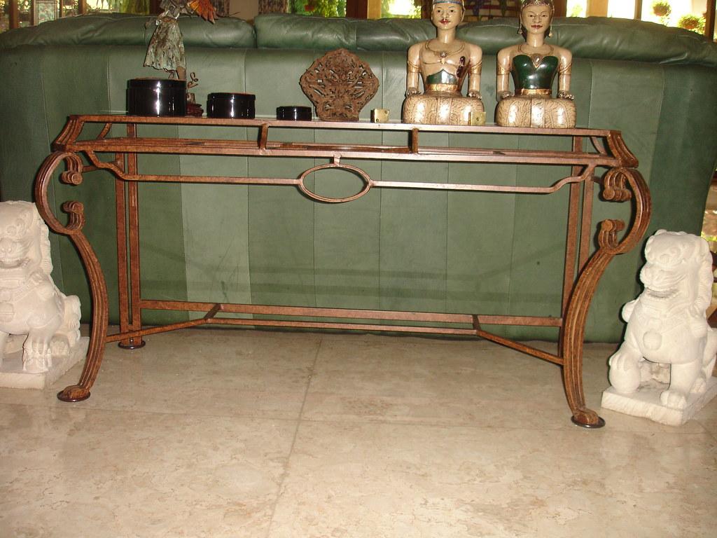 Sofa iron table