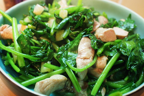 Stir fried partridge and spinach