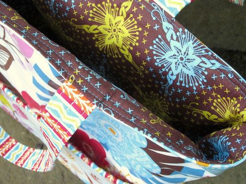 Loulouthi Tote Bag - lining