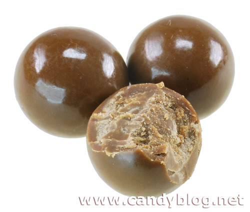 Hershey's Extra Creamy Milk Chocolate Pearls