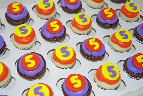 red purple yellow 5 mini cupcakes for super hero birthday