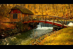 Ye Olde Paper Mill (SunnyDazzled) Tags: bridge roof newyork history mill creek paper walking waterfall wooden stonework rails historical gomez waterwheel brickwork thatched spillway