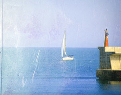 (_Zahira_) Tags: blue sea textura water valencia azul lafotodelasemana mar agua barco olympus textures nd velero ngr e500 uro p1f1 ltytr1