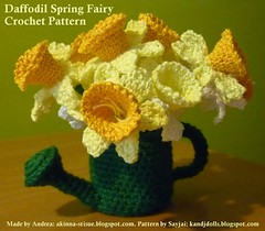 Crocheted Daffodils in Dark Green Can (Dolls based on K and J Dolls Patterns) Tags: flower pattern crochet daffodil amigurumi blume osterglocken hkeln hkelanleitung frhlingsfee