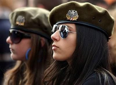 Military_Women_25