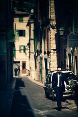 Doing business in Sller (speakout.de) Tags: street sun canon crossing cross business tones mallorca soller tramuntana 135l sller canon135l canon5dmark2 5dmark2 canon135m20