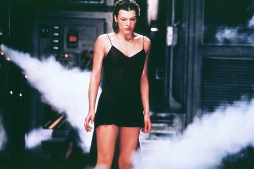 milla jovovich nipple. Milla Jovovich Exposes Nipple
