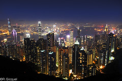 Hong Kong night view (renan4) Tags: ocean china street city travel sky hk night skyscraper buildings hongkong lights bay nikon asia cityscape view towers terrasse tram peak bank victoria metropolis nikkor kowloon renan gicquel d80 renan4