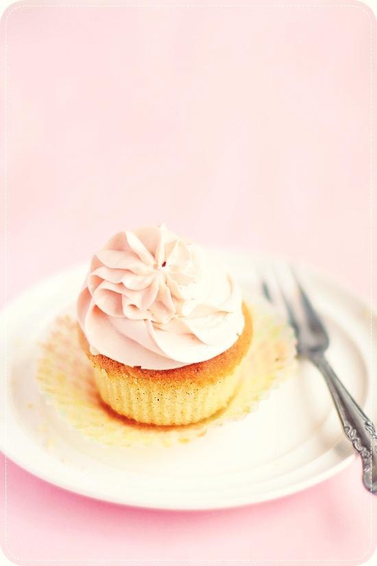 Magnolia Bakery's Vanilla Cupcakes