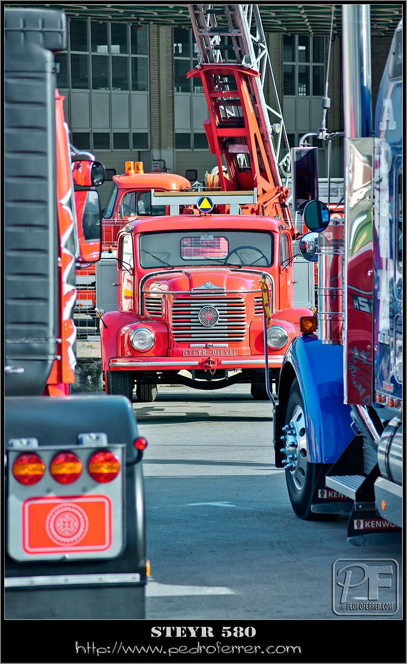 II Truck Show Festival de Torrelavega 2011 - STEYR 580