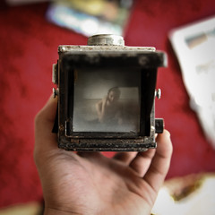 i (Xiangk) Tags: camera tlr vintage medium format halina viceroy boxcamera twinlensreflex
