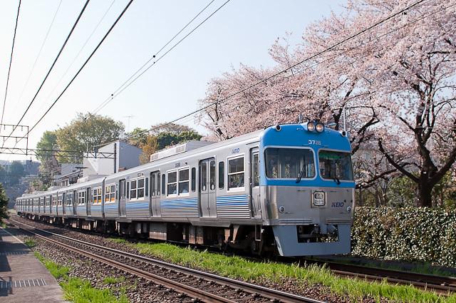 京王電鉄井の頭線3000系3028F