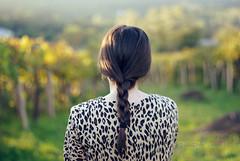 Braid (Rubo Stars & Lore Stars) Tags: light portrait luz girl hair 50mm leopardo back chica pentax bokeh retrato espalda photoart porrio pelo braid chinon aut trenza f17 k200d tecendoredes rlstars