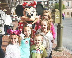 Kids with Minnie
