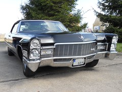 Cadillac De Ville (1968) (Transaxle (alias Toprope)) Tags: auto usa black classic cars 1969 car america vintage design classiccar noir convertible voiture 1966 cadillac leipzig historic retro antiguos chrome american coche topless classics 100views 1967 oldtimer motor 1970 1968 autos deville cabrio  macchina nero v8 classiccars coches caddy 6th styling 1965 vecchio cabriolet epoca americancars blackcar historiccar americancar  cochesantiguos droptop drophead autostoriche descapotable uscar uscars 6generation autoretro blackcars historiccars 6thgeneration   77litre cochedeepoca  amicorso annciennes