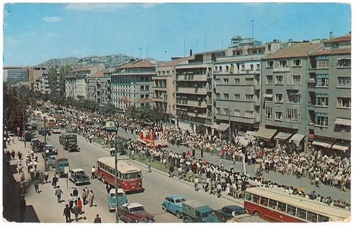 Ankara,  défilé sur le boulevard Atatürk