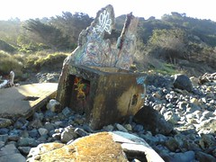 Mile Rock Beach debris 1 (Bulzi) Tags: sanfrancisco beach phone with picture cellphone cell taken pic griffiti milerockbeach