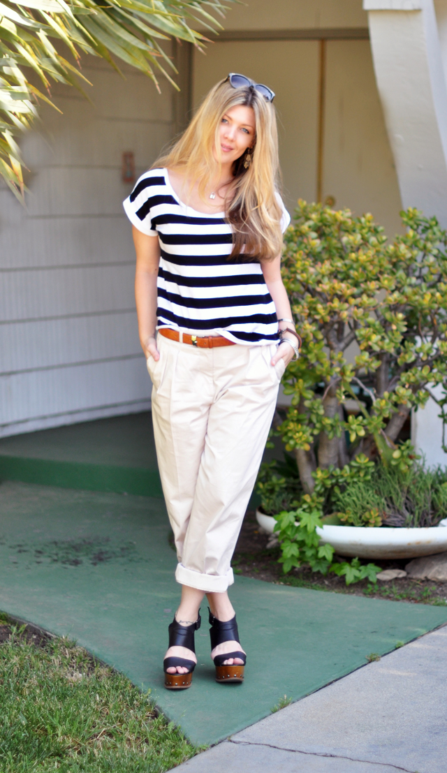 khaki pants steve maden wedges and black and whtie stripes