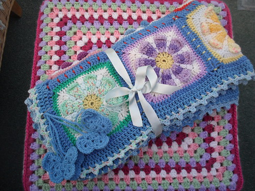 SIBOL 65 'Sea of Daisys' made and donated to SIBOL by rebekkas' goodies!